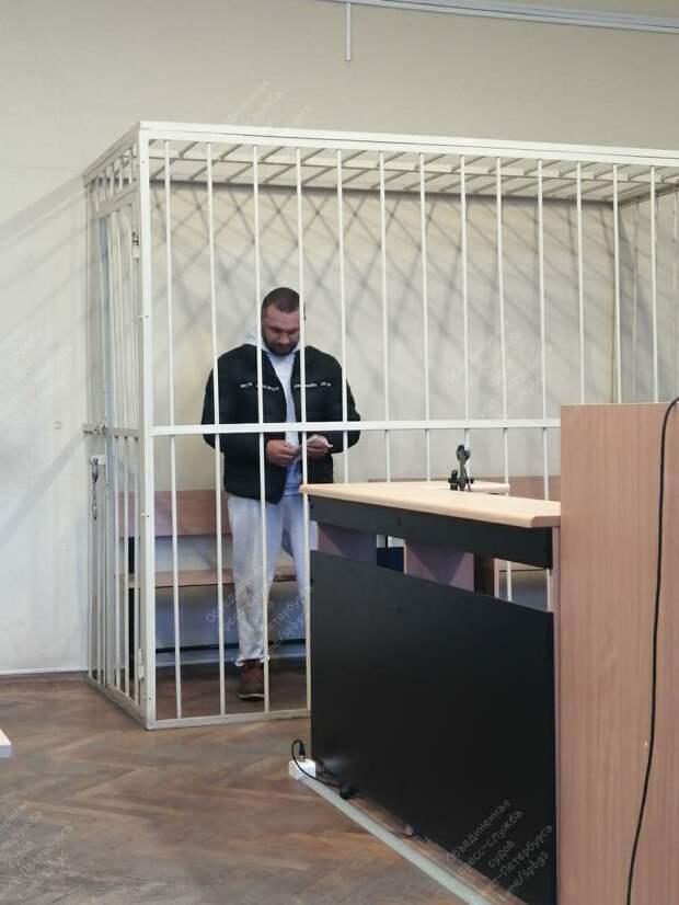 Второго обвиняемого в убийстве петербургского предпринимателя отправили в СИЗО