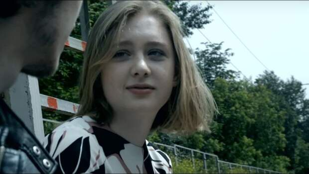 Взрослая дочь Сергея Бодрова-младшего дебютировала в роли ведущей кинофестиваля