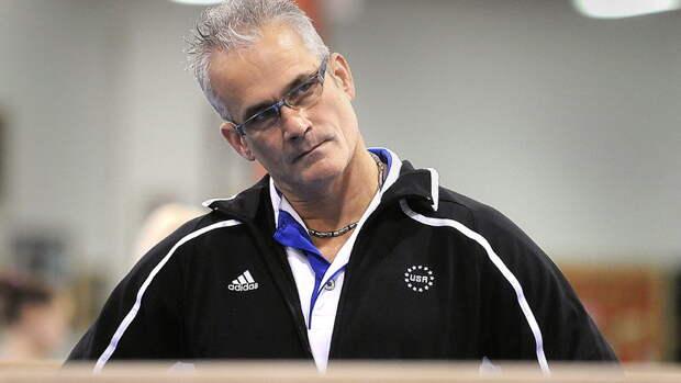 Экс-тренер олимпийской сборной США погимнастике покончил ссобой. Его обвиняли всексуальном насилии