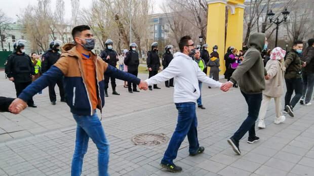«Крикну... а в ответ тишина!..», - электорат заключенного Навального в очередной раз его подвел