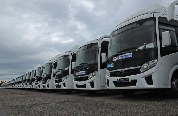 Крым получил 400 купленных за деньги Москвы автобусов