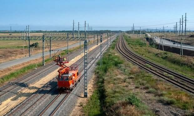 Бархатный путь: завершается строительство ж/д подходов к Крымскому мосту (ФОТО, ВИДЕО)