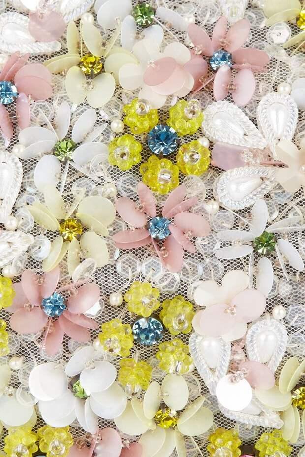 Вышивка пайетками в дизайнах haute couture