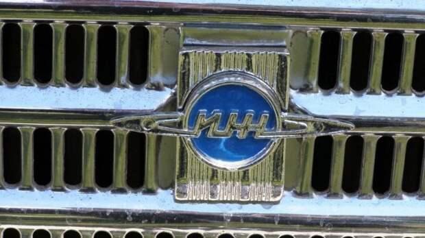 Ижевские машины отличались эмблемой-Сатурном авто, автомобили, азлк, олдтаймер, ретро авто, советские автомобили