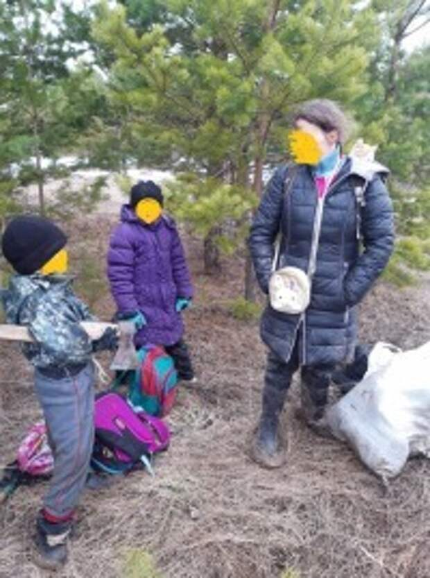 На Урале семья с тремя маленькими детьми прячется в лесу от коронавируса