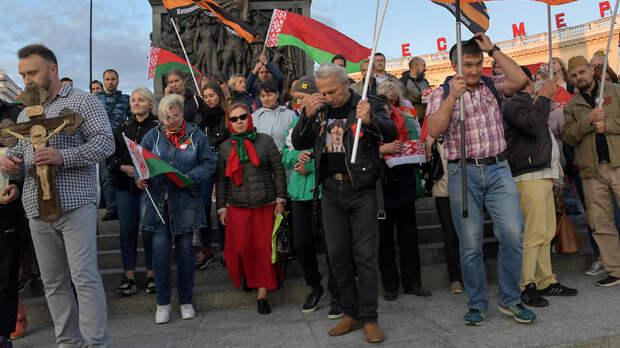Как протестующие искали в Минске своих кумиров