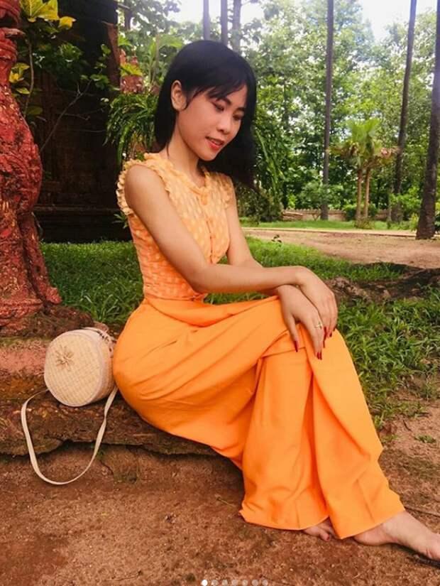 Студентка изМьянмы ошеломила интернет своей невероятной талией