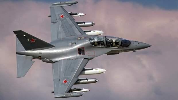 Российский ЯК-130 успешно идет на экспорт