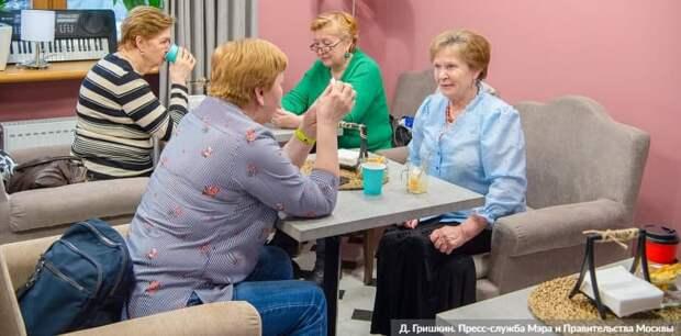 Москва гарантирует дополнительный доход пенсионерам в 2021 году Фото: Д. Гришкин mos.ru