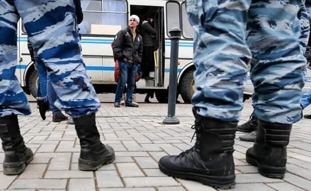 Москва на кулаках: Средняя Азия устраивает мордобой на улицах столицы, может и в ухо залететь. Как защитить россиян от массовых драк гастарбайтеров