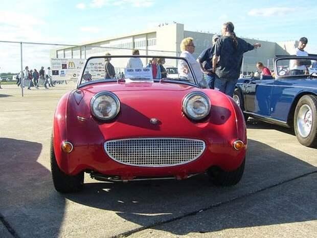 Очень счастливая машинка авто, машины, прикол, фото, эмоции