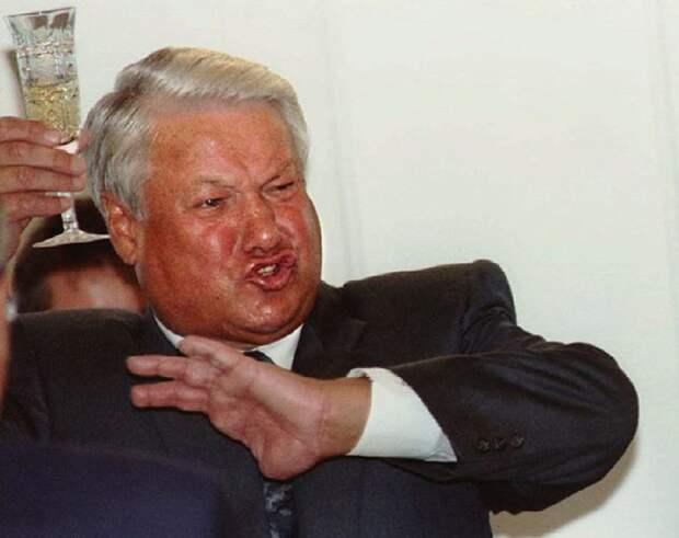 Немцы: Ельцин - лучший человек, кого Запад смог посадить в Кремль