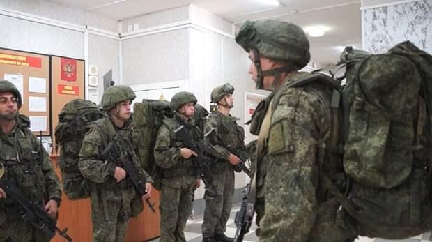 Более 2 тысяч спецназовцев направили в Крым (ВИДЕО)