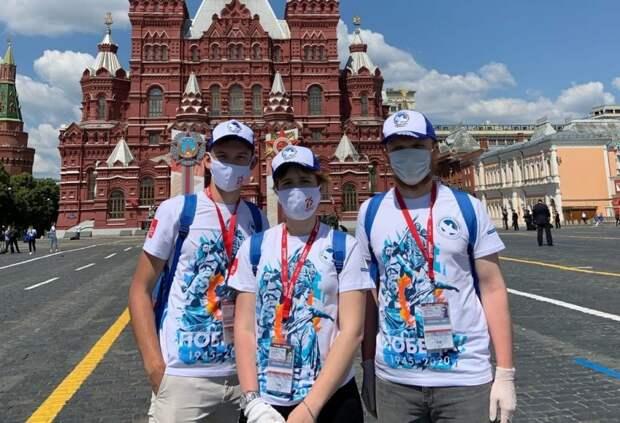 Волонтеры МАИ помогли в организации парада Победы на Красной площади