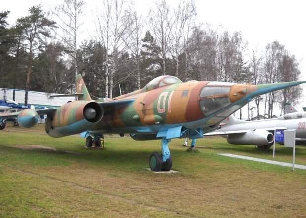 Як-28 – советский многоцелевой боевой самолет
