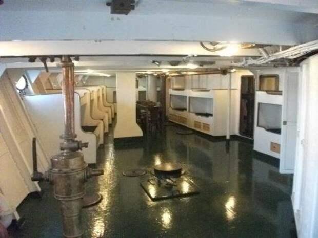 Греческая «Аврора» – броненосный крейсер-музей «Георгиос Авероф»