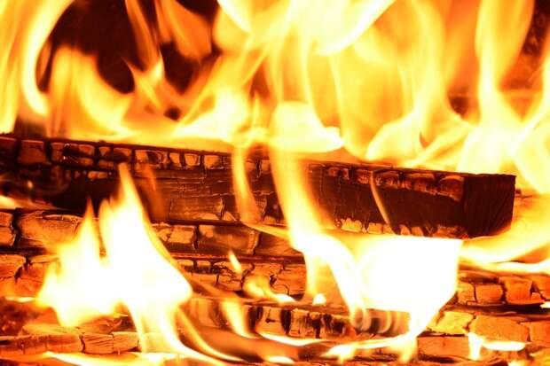 Житель Кизнерского района Удмуртии получил при пожаре ожоги 80% тела