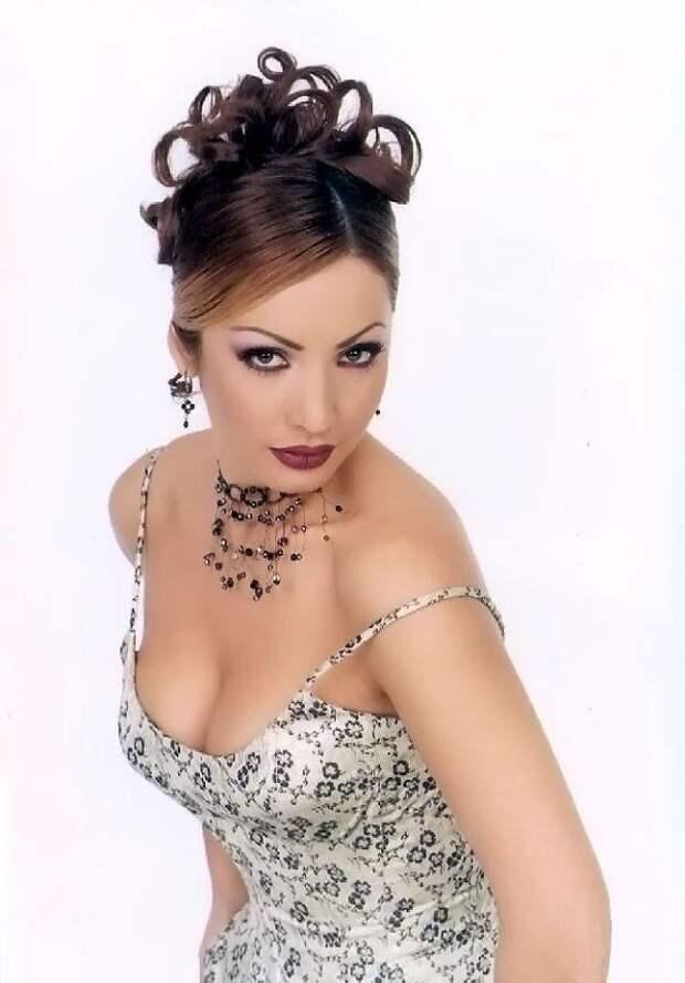 Мексиканская красотка из 90-ых Патрисия Навидад.