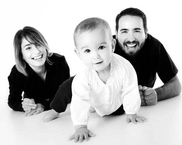 Как научить малыша ползать: полезные советы