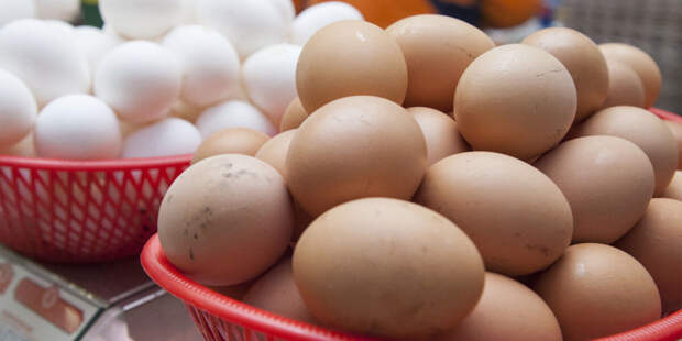 Кому нельзя есть куриные яйца? Ответ диетолога
