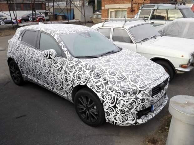 В Москве замечена Mazda CX-3 в камуфляже