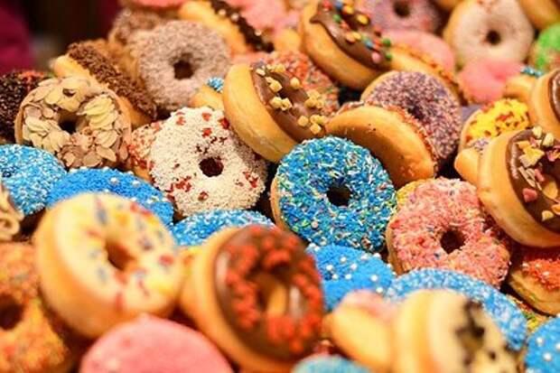 Диетолог назвала последствия переизбытка сахара в организме