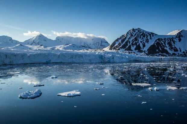 Климатологи: сокращение льдов Арктики затормозилось, ноэто временно
