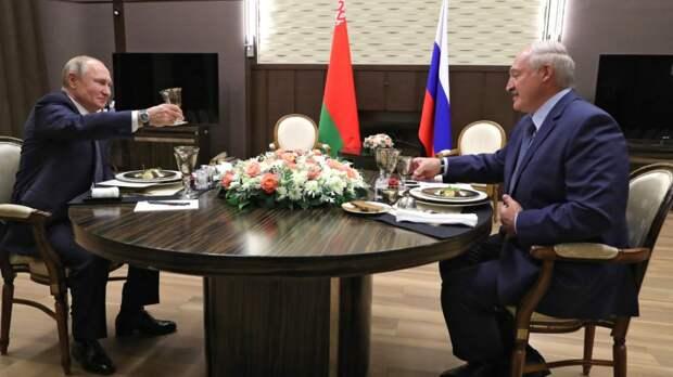 Путин поздравил Лукашенко с 20-летием подписания Договора о Союзном государстве