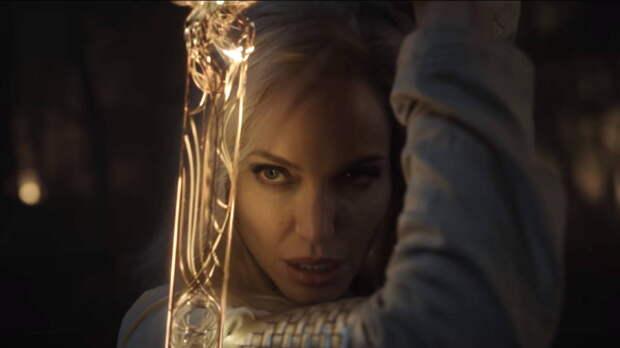 «Вечные» выйдут на российские экраны позже, чем ожидалось