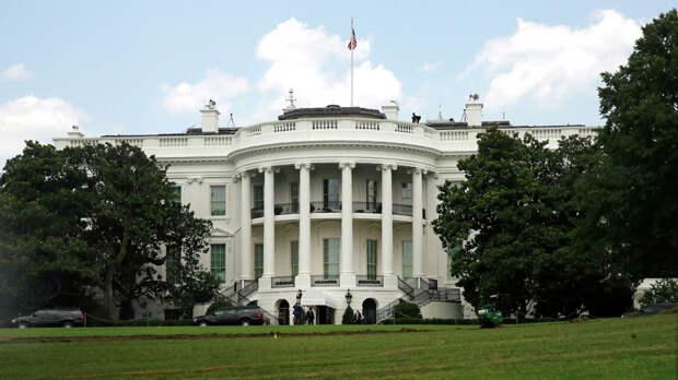 СМИ: США задумались об ужесточении санкций против долговых бумаг РФ