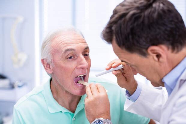 Назван яркий симптом дефицита витамина B12