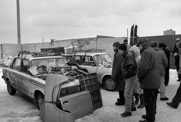 На ножах Чеченцы. творили беспредел, убивали журналистов и держали в страхе Москву 90-х