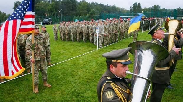 Spiegel: Украина стремится сблизиться с НАТО, проводя у себя учения альянса