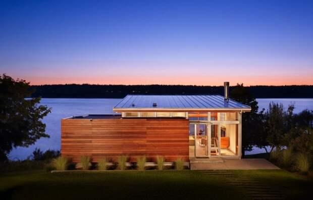 Современный деревянный дом в стиле минимализм.