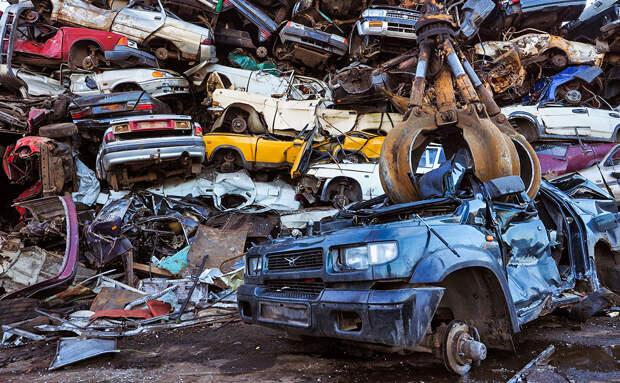 Минпромторг предложил повысить ставку утильсбора на машины на 25%