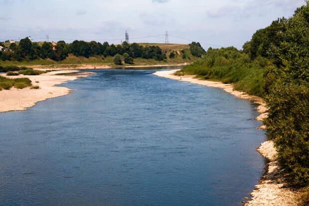 Река в плачевном состоянии, суда не ходят: Днестр обмелел из-за варварских действий Незалежной