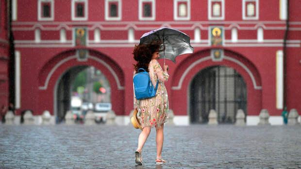 Вильфанд спрогнозировал дожди до конца июля в центре России