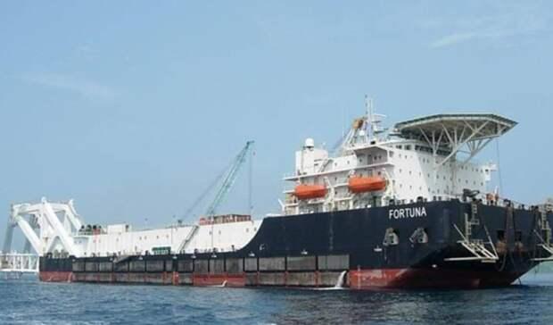 Трубоукладочная баржа «Фортуна» возвращается вВисмар
