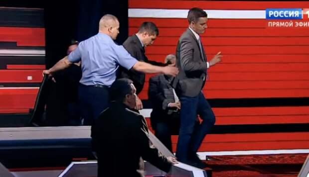 Польского политолога Корейбу выгнали с шоу Соловьева и приказали выкинуть его стул