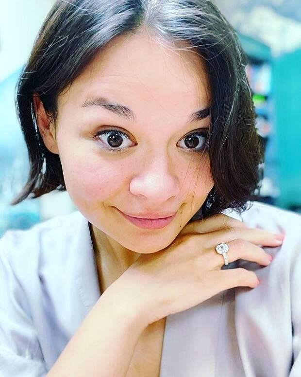 Дочь Сергея Шойгу впервые показала округлившийся живот и рассказала о сроке беременности