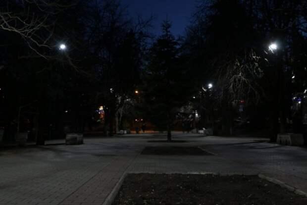 В севастопольских парках и скверах станет светло