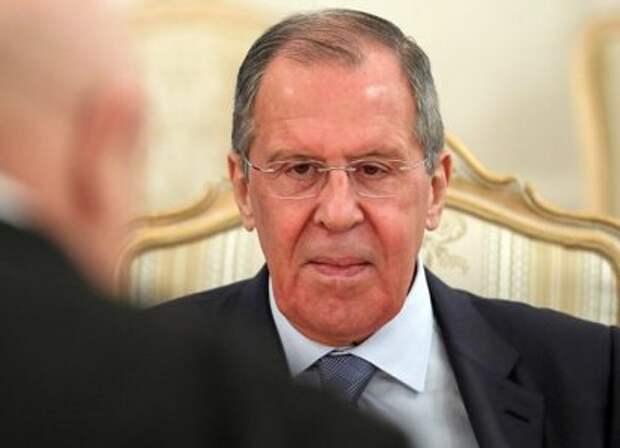 Лавров привез Лукашенко предупреждение из Москвы