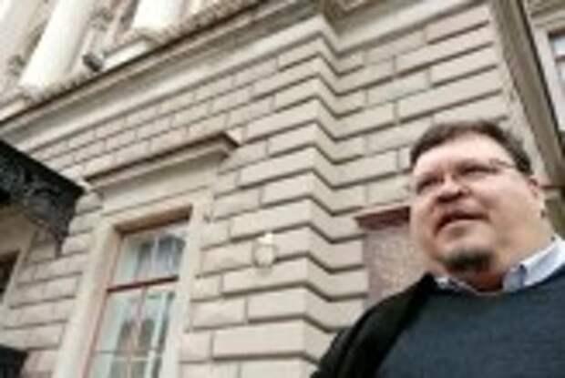 Защитника Юнтоловского заказника задержали у стен ЗАКСОБРАНИЯ СПб