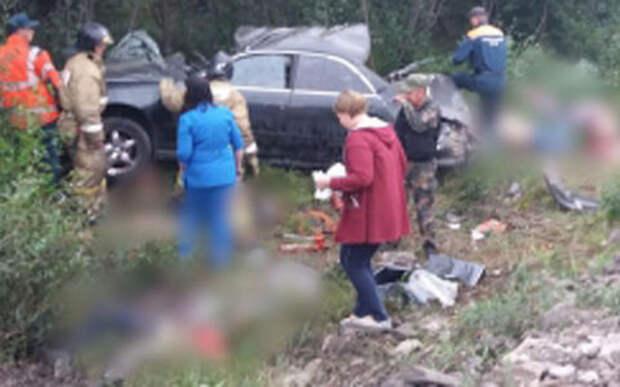 Пять человек погибли при лобовом ударе