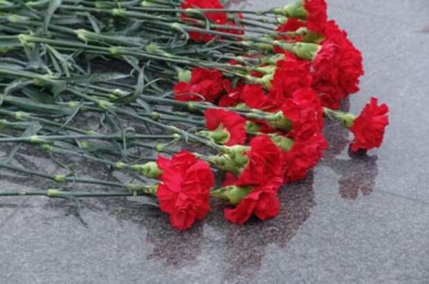 В Литве к могилам советских солдат 23 февраля возложили цветы