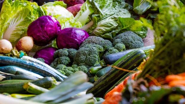 Кардиолог Осман Эрк назвал продукты, которые снижают высокое давление