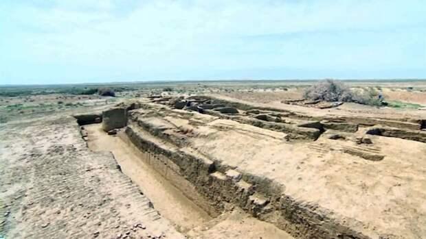 Посольство США профинансировало работы по сохранению крепости Шахрислам