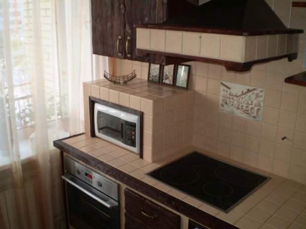 кухня встроенная гипсокартон и кирпичи ремонт кухни