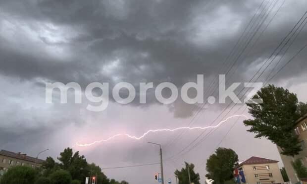 На западе Казахстана пройдут дожди