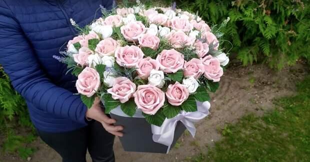 Великолепный букет из 51 розы. Я забыла про время, пока делала этот шедевр